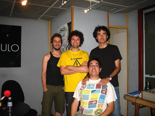 Miguel Rivera, cantante y guitarrista del grupo sevillano Maga